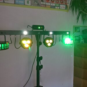 Ausstattung Eurolite LED KLS Laser Bar FX-Set (2)